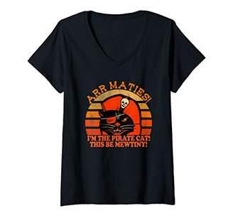 Womens Funny Pirate Black Cat I'm the Pirate Cat Halloween V-Neck T-Shirt
