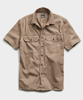 Todd Snyder Italian Two Pocket Utility Short Sleeve Shirt in Khaki