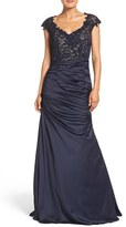 La Femme Women's Embellished Lace & Satin Mermaid Gown