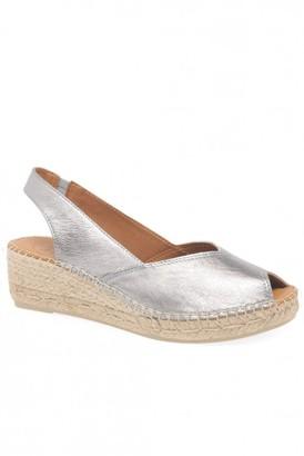 Toni Pons Bernia Wedge Sandal In Silver - 36
