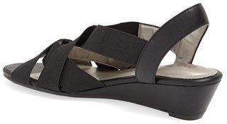 Me Too 'Savana' Sandal