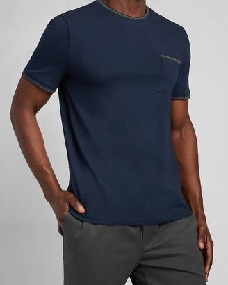 Express Piped Moisture-Wicking Performance T-Shirt