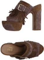Ash Sandals - Item 11138965