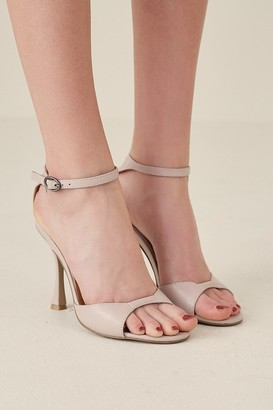 Jaggar The Label HOURGLASS LEATHER HEEL oyster pink
