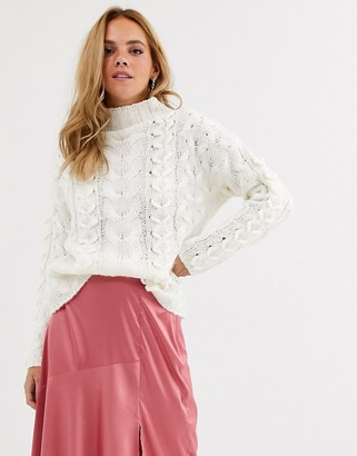 Moon River high neck cable knit jumper-White