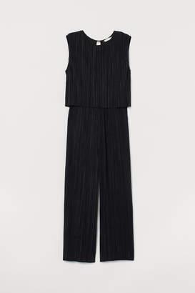 H&M MAMA Pleated Jumpsuit