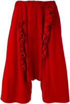Comme des Garcons drop-crotch ruffled cropped trousers - women - Cotton - S