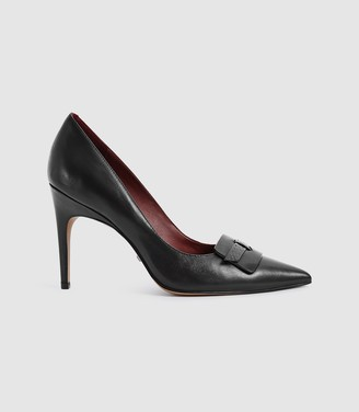 Reiss Harriet - Leather Court Shoes in Black