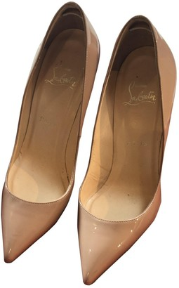 Christian Louboutin Pigalle Beige Patent leather Heels