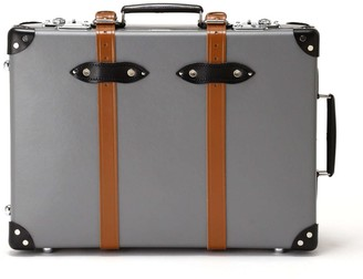 """Globe-trotter Globe Trotter Luggage X Todd Snyder 21"""" Suitcase in Grey"""