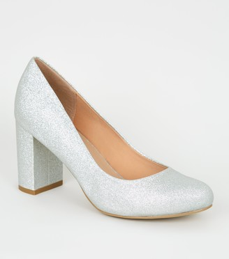 New Look Wide Fit Glitter Block Heel Courts
