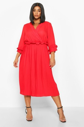 boohoo Plus Ruffle Detail Pleated Midi Dress