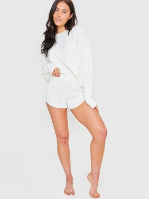 In The Style X Lorna LuxeKnitted Co-ord Jumper - Cream
