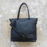 Aura Que Tara Leather Handbag