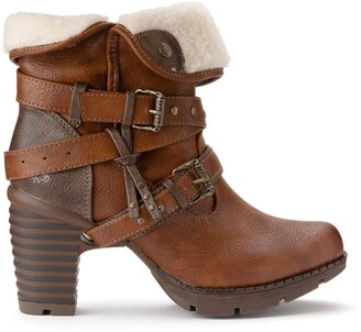 Mustang Fur-Lined Ankle Boots with Buckles