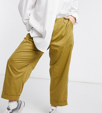 ASOS DESIGN Curve relaxed combat pants in olive
