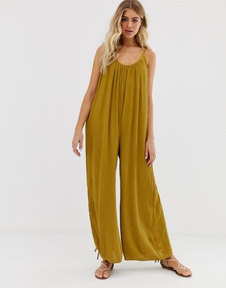 Asos Design DESIGN low back jumpsuit in crinkle-Green