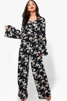 Boohoo Ruby Floral Crop And Trouser Co-Ord