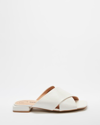 Betsy - Women's White Flat Sandals - Cross Over Sandals - Size 36 at The Iconic