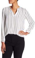 Adrianna Papell Split V-Neck Print Long Sleeve Blouse