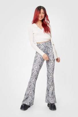 Nasty Gal Womens Paisley Little Thing High-Waisted Flare Trousers - Grey - 6