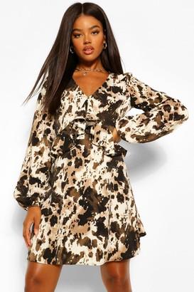 boohoo Printed Flared Long Sleeve Skater Dress