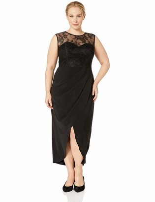 City Chic Women's Apparel Women's Plus Size Formal Evening Dress with lace Detail