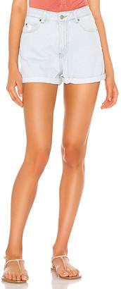 Dr. Denim Jenn Shorts. - size 24 (also