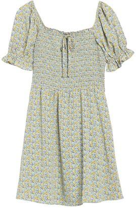 MelloDay Smocked Short Sleeve Ditsy Print Dress