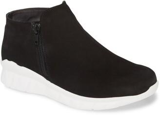 Naot Footwear Zodiac Sneaker