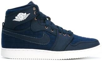 Jordan 'Air 1 Retro KO High OG' hi-top sneakers