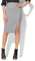 New York & Co. 7th Avenue - Pencil Skirt - Black & White Plaid