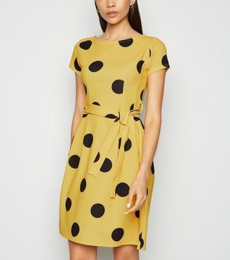 New Look Missfiga Spot Belted Tulip Dress