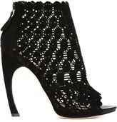 Alexander McQueen skull laser cut booties - women - Leather/Suede - 40