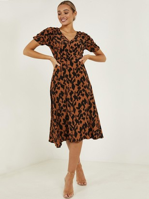 Quiz Crepe Animal Print Ruche Sleeve Midi Dress