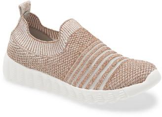 Bernie Mev. Wylie Slip-On Sneaker