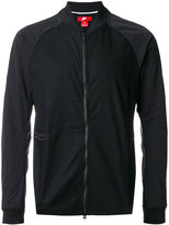 Nike zipped lightweight jacket