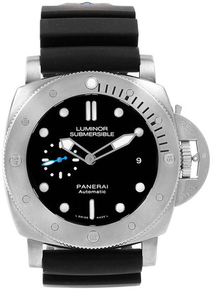 Panerai Black and Rubber Submersible Titanio PAM01305 Men's Wristwatch 47MM