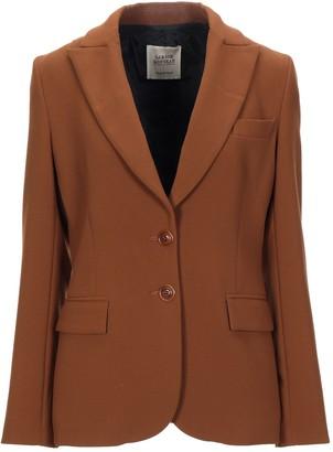Garage Nouveau Suit jackets