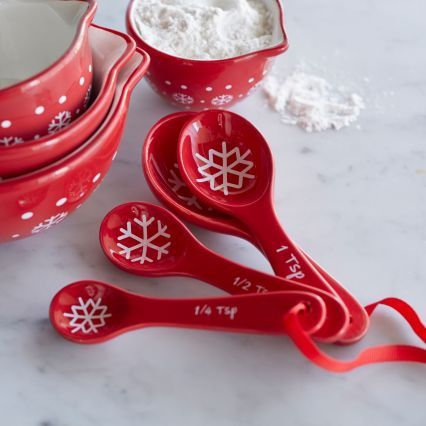 Sur La Table Snowflake Measuring Spoons