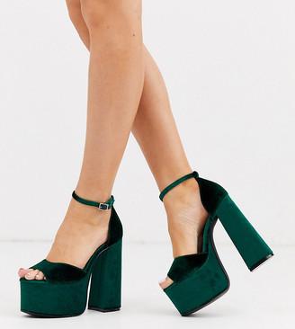 Asos Design DESIGN Wide Fit Wheeler chunky platform heeled sandals in green