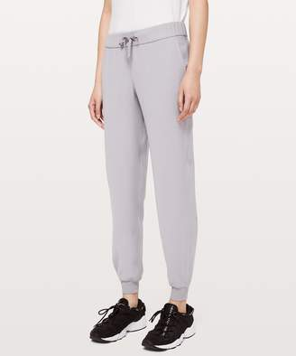 Lululemon On the Fly Jogger *Woven
