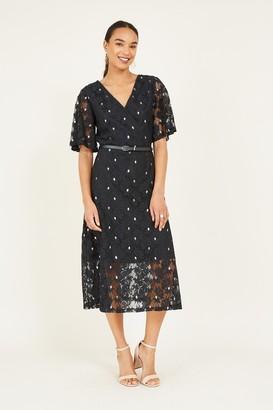 Yumi Black Floral Lace Midi Dress