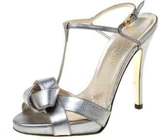 Valentino Metallic Silver Leather Knotted T-Strap Sandals Size 36.5