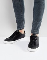 Pull&Bear Trainers With Contrast Sole In Black