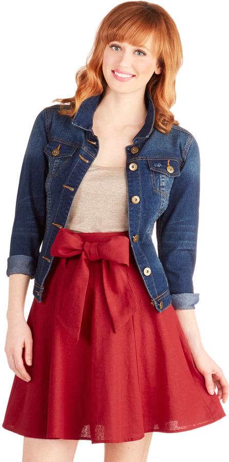 Matisse Musee Skirt in Crimson