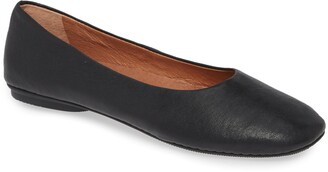 Kenneth Cole Gentle Souls by Gentle Souls Signature Eugene Travel Ballet Flat