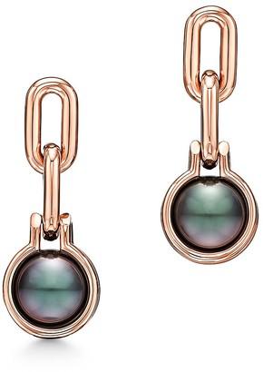 Tiffany & Co. City HardWear Tahitian black pearl link earrings in 18k rose gold