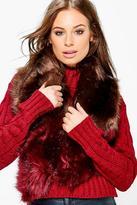Boohoo Grace Contrast Fur Collar