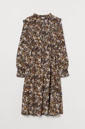 H&M MAMA Ruffled Collar Dress - Black